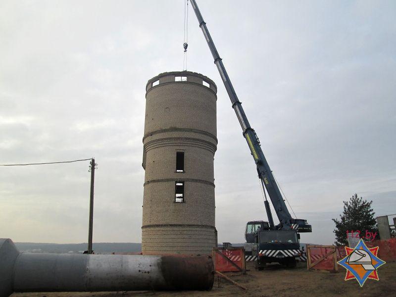 Сотрудники МЧС спасли людей, которым стало плохо при проведении работ в водонапорной башне