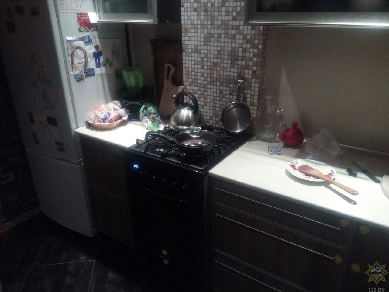 В Пинске девочка помогала маме на кухне и получила ожоги
