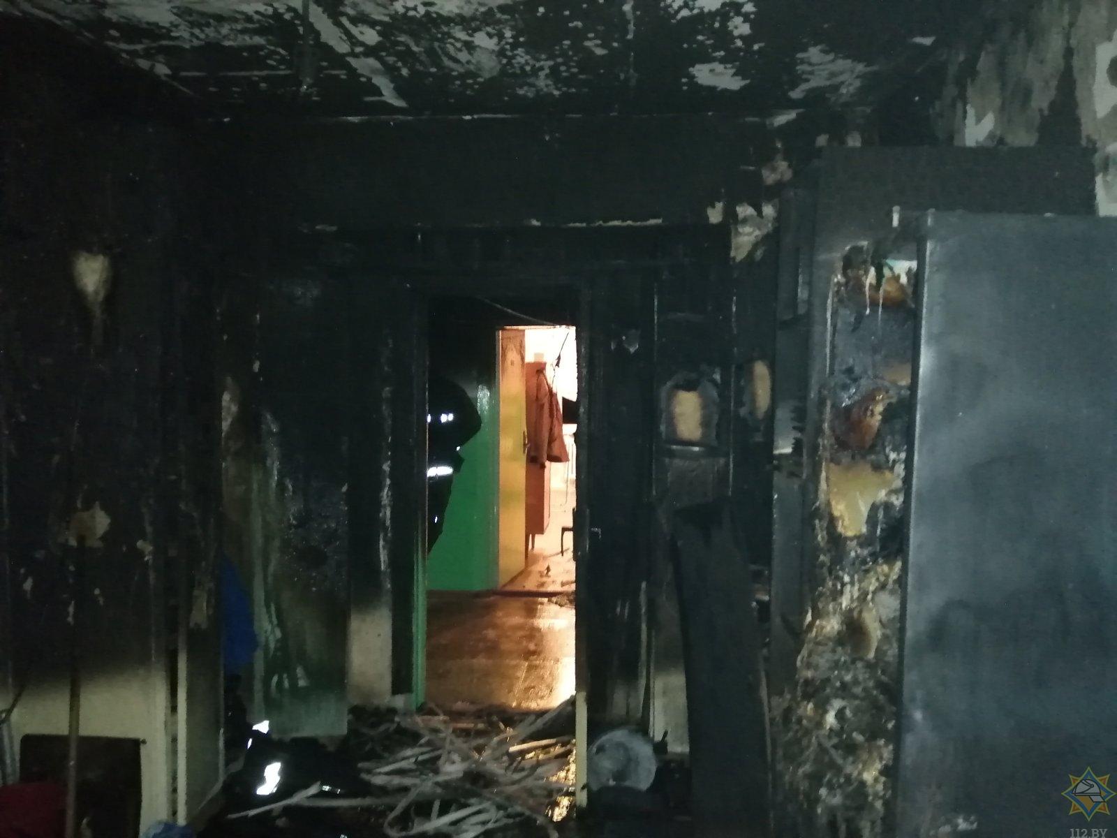 Ночной пожар в общежитии в Барановичах: спасены два человека